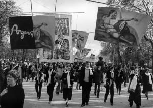9 Paris, 1981