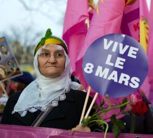 1 vive le 8 Mars  (2012)
